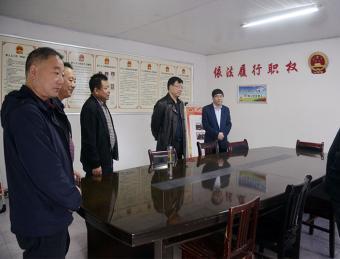 汉滨区人大常委会主任李森文到吉河镇调研指导人大工作