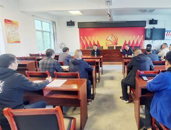 区人大常委会副主任郭放军到晏坝镇走访选民指导人大换届选举工作